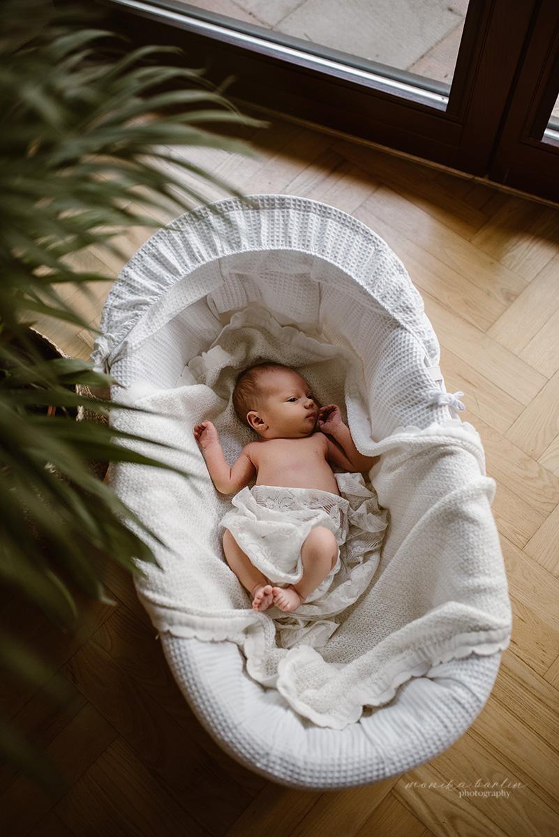60sesja noworodkowa w domu lifestyle warszawa monika borlin sesja niemowlęca domowa1748186930081019627481